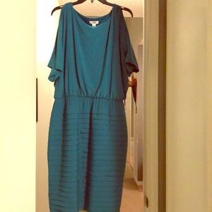 Cato Women flattering turquoise dress 18W